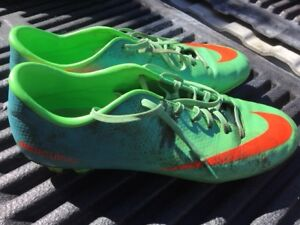 Soccer Cleats - Nike - Mercurial - Size 10.5 USA