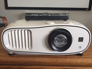PROJECTOR - Epson PowerLite Home Cinema 3500 3D/2D 1080P 3LCD