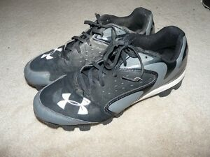 Under Armour Men's Baseball Cleats size 9