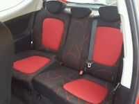 FRONT AND REAR SEATS (BLACK / RED) INTERIOR Hyundai i20 comfort 3 door