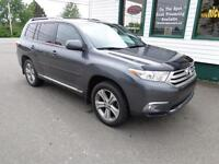 2012 Toyota Highlander Ltd loaded for only $279 bi-weekly!