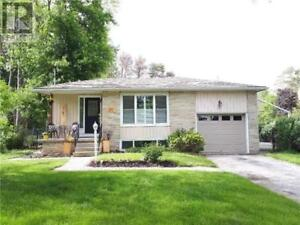 134 ORIOLE DR East Gwillimbury, Ontario