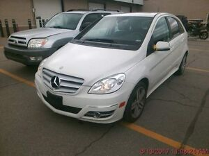 2011 MERCEDES-BENZ B-CLASS, Extra clean, Panoramic Roof