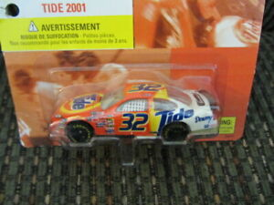 2001 Tide Collector's Edition Hot Wheels Race Car #32