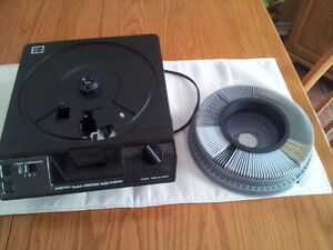 Kodak Slide Projector with 4 Carousels
