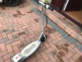 Electric Scooter Razor E100