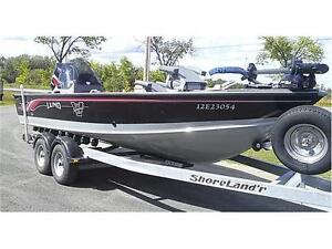 LUND 2025 PR V MAGNUM LE , 225 OPTIMAX, 9.9 KICKER AND TRAILER