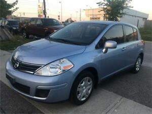 NISSAN VERSA HATCH BACK 80000 KM