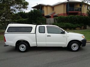 2006 Toyota Hilux GGN15R SR White 5 Speed Automatic Chermside Brisbane North East Preview