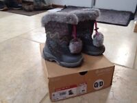 Brand new girls winter boots size 10