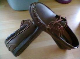 mens size 8 brown lace up shoes