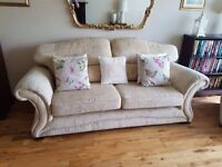 3 piece suite immaculate condition
