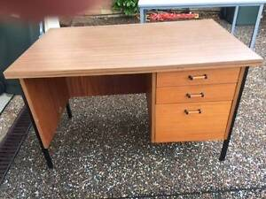 Desk with 3 drawers Newcastle Newcastle Area Preview