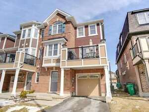 Rarely Offered END UNIT FREEHOLD Townhouse for Sale! (214)