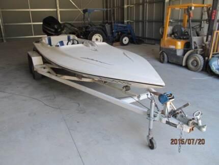 formula  ski  low profile hull