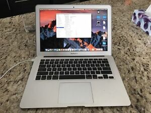 Apple MacBook Air 13 Mid 2012 Mint Cond. Comes with Box Cambridge Kitchener Area image 1