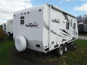 2007 Palomino T21FBSL Ultra Lite Travel Trailer with slideout Stratford Kitchener Area image 3