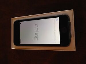 Brand new Unlocked iPhone 5s Grey 16Gb - 320 OBO