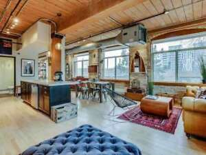 Queen West 1 Bedroom Brick And Beam Hard Loft