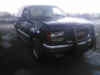 1999 GMC K2500 SUBURBAN FOR PARTS - WE WILL BEAT ANY PRICE!!!