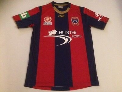 Newcastle United Jets 2011-12 Home Shirt XS (FFS000430) image
