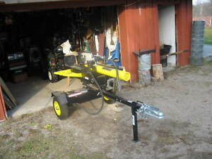 Champion 20 Ton Gas Log Splitter