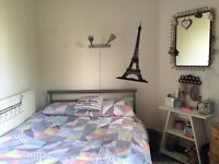 A nice double room in Clapham South available to move in today! All bills included free internet.