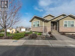 Pristine Like New Level Entry Rancher in Pineview Estates