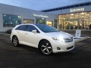 2013 Toyota Venza Touring AWD Leather, Nav, Moonroof