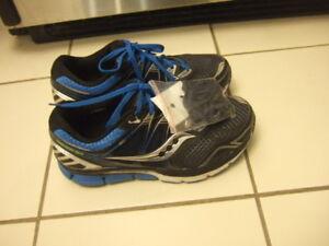 different new size 9 hoka /sauncony men running shoes, 8472,867