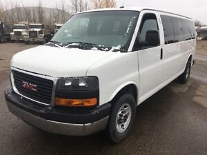 2015 GMC Savana Passenger LT - FINANCING AVAILABLE