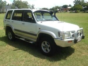 2001 Holden Jackaroo U8 MY01 SE White Automatic Wagon Greenslopes Brisbane South West Preview
