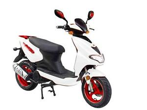 2015 SCOOTER FUZION 4 TEMPS NEUF 2015 $1799