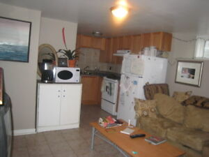 Great North End 2 Bed+DEN, Everything Included! AVAIL NOW!