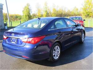 2011 Hyundai Sonata GLS, Heated Seats, Bluetooth, Cruise Control Kingston Kingston Area image 7