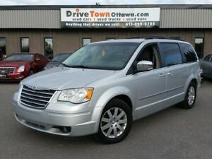 2010 Chrysler Town & Country Touring **MOONROOF**DUAL DVD**