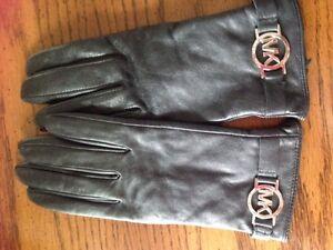 Michael Korrs ladies leather gloves, sz M