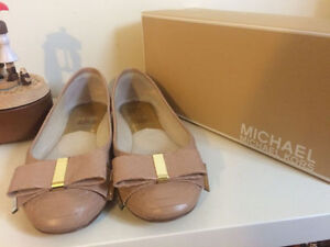 Micheal Kors flat shoes NUDE