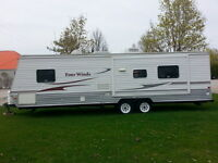 FOUR WINDS TRAVEL TRAILER IS IN  IMMACUTLATE CONDITION