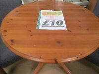 💥ROUND SOLID WOODEN DINING TABLE WITH DESIGNED LEGS💥
