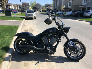 VICTORY HAMMER S WITH 14 APES POWER CRUISER HARLEY DAVIDSON XTRA