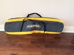 Snowboard carry and storage bag