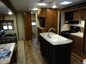 Bunkhouse RV Trailer with Dinette on Awning Side! Kitchener / Waterloo Kitchener Area image 3