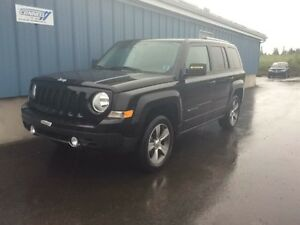 2016 Jeep Patriot HIGH ALTITUDE LEATHER ROOF