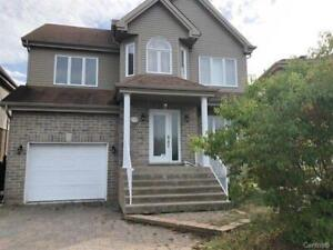 Nice cottage with 4 bedrooms in Brossard