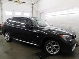"2012 BMW X1 NAVI CUIR ROUGE TOIT PANO MAGS 18"" AWD 42,000KM"