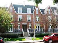 3 BED+2 BATH TOWNHOUSE W/PARKING, HYDRO & HEAT INCLD ONLY $2600