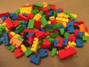 bulk lot mega blocks mega bloks 200 pieces various shapes Walkerville Walkerville Area Preview