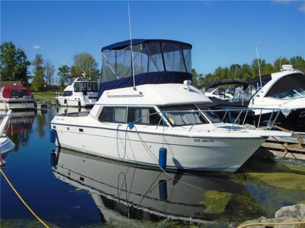1989 Chris-Craft 290 Catalina Sunbridge