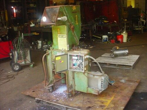 7.5 hp Acme Plastics model 1012  GRINDER GRANULATOR